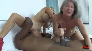 TWO WHORES và A BBC Sally D'angelo Leilani Lei
